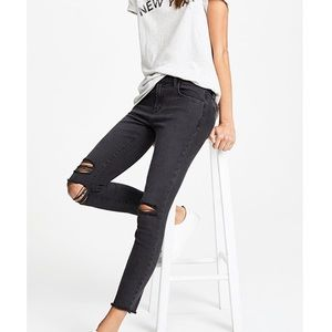 J BRAND - Photo Ready Cropped Mid Rise Skinny